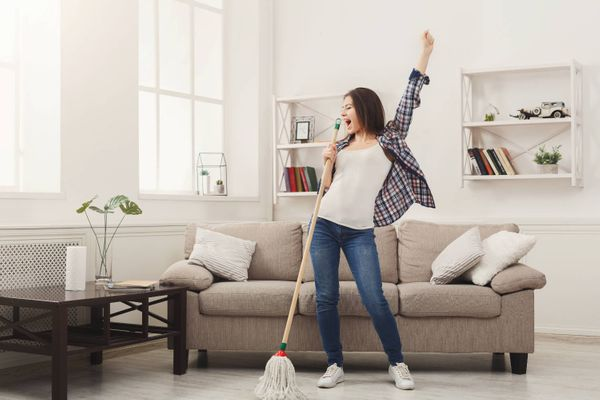 What a good spring clean can do for your mental health